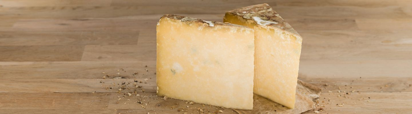 Fromage : Cantal AOP (AOP)