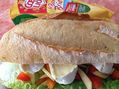 Recette : Sandwich au camembert, pommes et poivrons - Recette au fromage